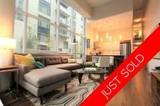 False Creek Townhouse for sale: Residences At West 2 bedroom  Stainless Steel Appliances, European Appliance, Rain Shower, Laminate Floors, Plush Carpet 997 sq.ft. (Listed 2018-04-05)